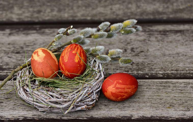 easter-eggs-2145667__480